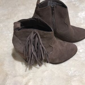 Tan Suede Steve Madden Ankle Boots SZ 7